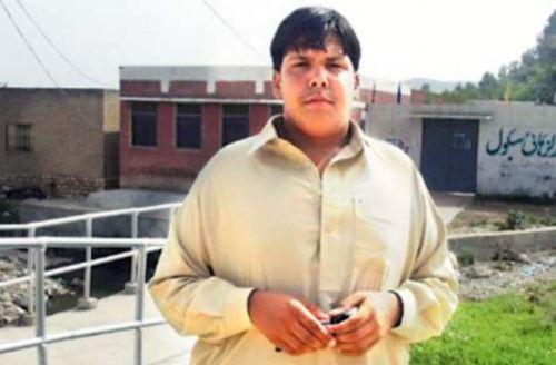Aitazaz Hassan Bangash (14)