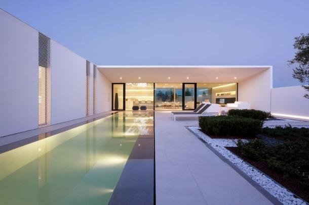 001-jesolo-lido-pool-villa-jm-architecture