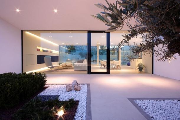 002-jesolo-lido-pool-villa-jm-architecture