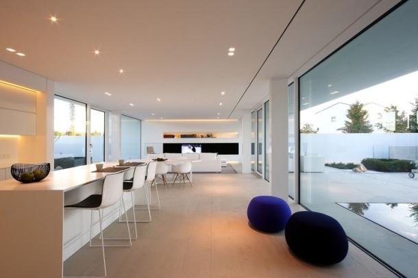 012-jesolo-lido-pool-villa-jm-architecture