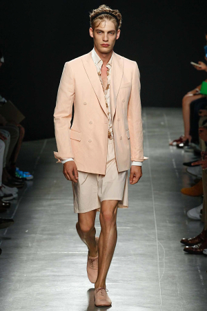 Bottega-Veneta-Men-Spring-Summer-2015-Milan-Fashion-Week-021-300x450