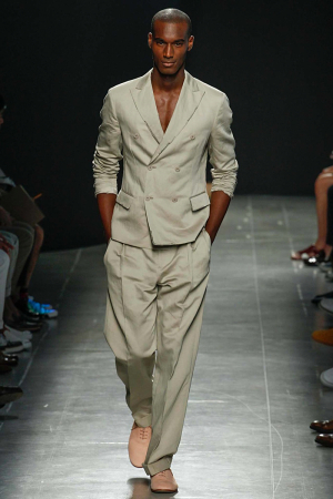 Bottega-Veneta-Men-Spring-Summer-2015-Milan-Fashion-Week-044-300x450