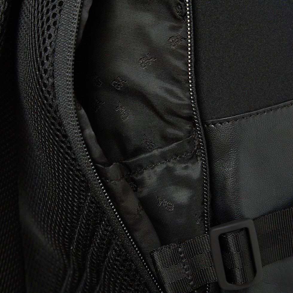 23-06-2014_y3_neoprenebackpack_black_6