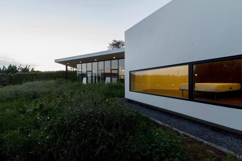m-arquitectos-rosto-do-cao-house-portugal-designboom-05