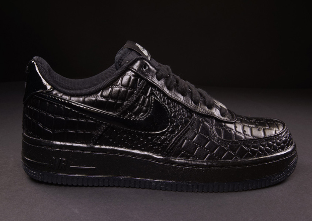 """official photos ee807 9467c Nike WMNS Air Force 1 x """"Croc"""" Pack"""