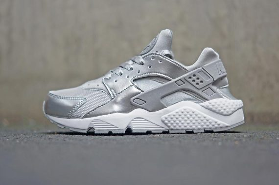 """764bc60c9a Apart of Nike WMNS new """"Silver Pack,"""" the Air Huarache features metallic  silver with mesh accents throughout. Get your pair now via Overkill. ..."""