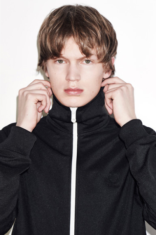 fred-perry-raf-simons-fall-winter-2015-06-320x480