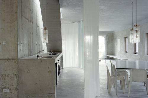 Antivilla-Brandlhuber-Emde-2-960x640