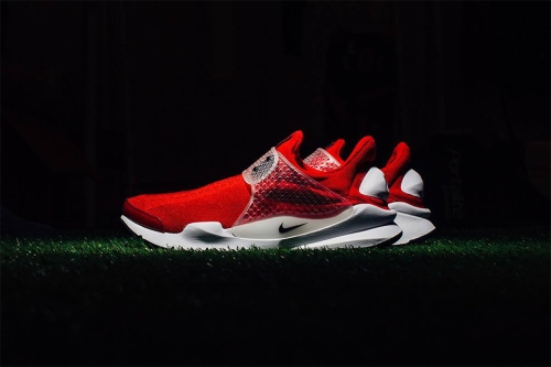 nike-sock-dart-2016-red-blue-gray-02