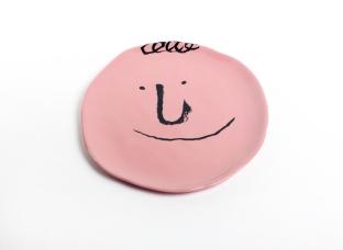 face-plates-jean-jullien-case-studyo-designboom-08
